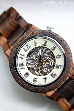gorgeous wood watch - perfect Father's Day, birthday, or Christmas gift for dad | maisondepax.com