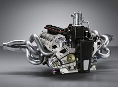 Porsche RS Spyder Engine, Revised with Direct Injection While it's normal for most automakers to take the lessons learned from motorsports and apply them to their road cars, Porsche is doing it the...