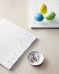 Easter egg pinboard for drying eggs