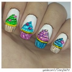 https://starrynail.com/2016/08/04/cupcakes-freehand-nail-art/