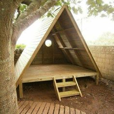 Super cool outdoor playhouse, backyard camping, cool hangout