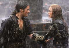 Will and Elizabeth-Pirates of the Caribbean: At World's End I want to see this one so bad!!!