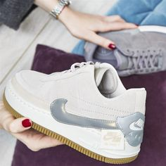 Details about Nike Air Force 1 Jester Gunsmoke Dark Grey With White & Silver QUEENS 4 7