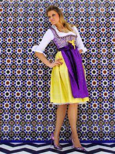 Dirndl & Trachtenkleider - Sari Couture-Dirndl, lila/gelb, Unikat, Gr. 38 - ein Designerstück von Caro Lin Couture. check out www.caro-lin.com