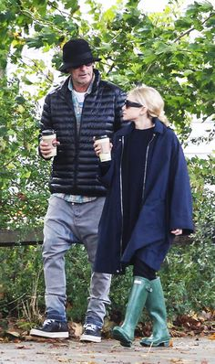 Fall styling lessons inspired by trendsetters Mary-Kate and Ashley Olsen Mary Kate Olson, Mary Kate Ashley, Ashley Olsen Style, Olsen Twins Style, Olsen Fashion, Women's Fashion, Fall Outfits, Cute Outfits, Comfortable Outfits