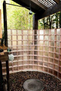 I love the outdoor showers... I think this is a little fancier than I can do... but I do have a crap-ton of bamboo to work with... hmmmmm.....