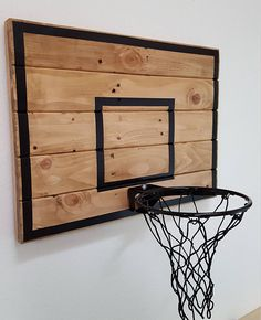 Pallet Wood Basketball Hoop With Painted Hoop Lines. Wall