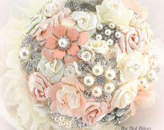 Blush Brooch Bouquet Cream Ivory Vintage Wedding от SolBijou