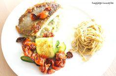 Gebakken zonnevis met geroosterde tomaten en kaviaar van aubergine : Hapjes Princess . http://www.gajetto.nl foodblog -  recepten