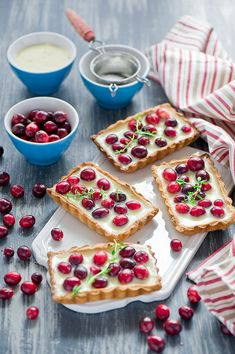 Cranberry tart with white chocolate