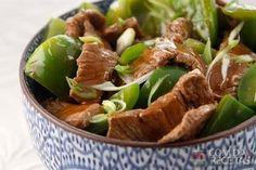 Receita de Carne de porco com 5 Temperos Chineses, pimentão e cebolinha em receitas de carnes, veja essa e outras receitas aqui!