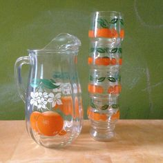 Vintage Juice Set by Anchor Hocking. Orange and Orange Blossom Pitcher and Glasses.  Antique kitchen wear perfect for breakfast orange juice.