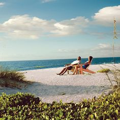 Lodging    Restaurants    Things to Do  Visit the Beach      Sanibel Island & Captiva Island Lodging     	Visit Sanibel Island and Captiva Island Lodging for a complete list of Chamber of Commerce resorts, hotels, small inns, and condominium lodgings with amenities and locations that are
