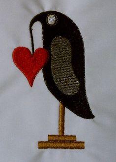 Prim Crow Love Machine Embroidery Design