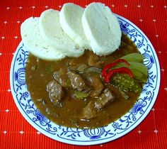 Czech Recipes, Ethnic Recipes, Snack Recipes, Snacks, Main Meals, Palak Paneer, Stew, Meat, Cooking