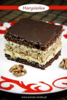 Ciasto Marysieńka / Cake with walnuts (recipe in Polish) Polish Desserts, Polish Recipes, No Bake Desserts, Polish Food, Yummy Treats, Delicious Desserts, Sweet Treats, Sweet Recipes, Cake Recipes