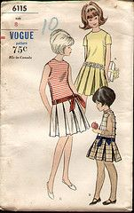 Vogue 6115 1964 Girls Pleated Dress