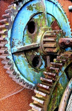 Winch: Old winch at Filey by tina negus I think this is interesting colors from rust and the way she took the picture Rust Never Sleeps, Rust In Peace, Rusted Metal, Peeling Paint, Ex Machina, Abandoned Buildings, Cogs, Color Inspiration, At Least