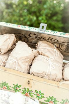 picnic ideas - sandwiches wrapped in brown paper (Bridal shower) @Trish - DAiSYS & dots Meierotto