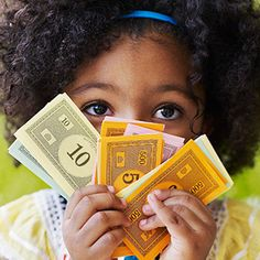 10 Money Lessons To Teach Your Kids Before They Turn 10. #virtualpiggy