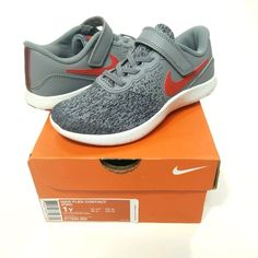6d96a8b0a955 New Nike Flex Contact Sneakers Boys Size 1y Cool Grey University Red 917934- 003