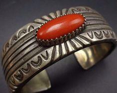 Silver Jewellery Indian, Navajo Jewelry, Turquoise Cuff, Native American Jewelry, Modern Jewelry, Turquoise Jewelry, Artisan Jewelry, Sterling Silver Bracelets, Jewelry Collection