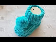 Birit-Edged Baby Booties türkische Video-Rezept-First Booties Sohlen haraşo à . Knit Baby Shoes, Knit Baby Dress, Knitted Baby Clothes, Baby Hats Knitting, Crochet Baby Booties, Baby Boots, Baby Knitting Patterns, Hand Knitting, Knitted Hats