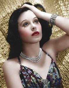 Résultat d'images pour hedy lamarr color Hollywood Icons, Hollywood Actor, Golden Age Of Hollywood, Vintage Hollywood, Hollywood Glamour, Hollywood Stars, Hollywood Actresses, Classic Hollywood, Divas