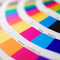 These 10 color combination tools will allow you to quickly and efficiently browse and create a variety of color schemes or palettes.