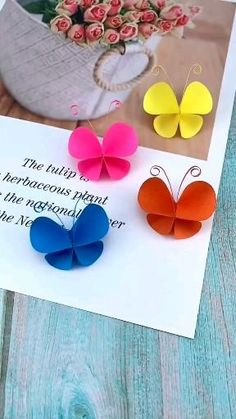 Paper Flowers Craft, Paper Crafts Origami, Paper Crafts For Kids, Flower Crafts, Preschool Crafts, Diy Paper, Easter Crafts, Paper Doily Crafts, Paper Art