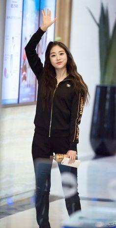 Girl Crushes, Bomber Jacket, Ji Soo, Jackets, Kpop, Beauty, Style, Fashion, World