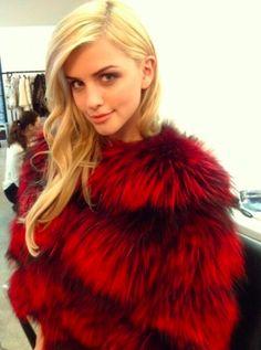 LILLY e VIOLETTA #fashion #fur #fox #lillyevioletta @lillyevioletta1