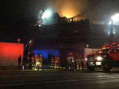 Se incendian fabricas de Steren en Azcapotzalco