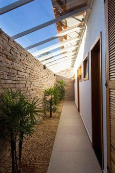 edicula lateral dormitorios e jardim