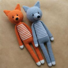 Long-legged amigurumi toys have a special charm. These fox and wolf will definitely make your home a little bit cozier. Try this free crochet pattern!