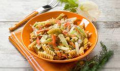 Βίδες με καπνιστό σολομό και φινόκιο Fusilli, Menu, Cold Meals, Pasta Salad, Fish, Cooking, Ethnic Recipes, Sweet, Cold Food
