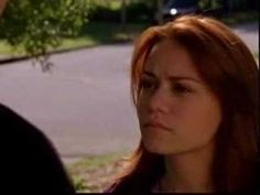 One Tree Hill, Nathan and Haley's first kiss  AHHH let's do a OTH marathon @Pascale Lemay Cormier