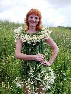 Платья из цветов.