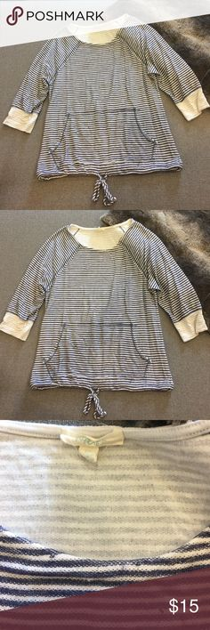 New adorable drawstring striped jersey top. Size M Brand new never worn (only ripped Tags) super soft jersey striped blue and white top with cute drawstring tie bottom. Size M, stretchy 3/4 sleeves. Perfect top with any white bottom or jeans. Selling cheap! paperkite Tops