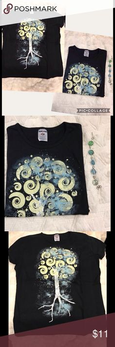 💕New Black Mystic Swirl Tree T-shirt, Jr. sz XL NWOT Black Mystic Swirl Tree fitted T-shirt, Jr. sz XL. Cute short sleeve tee with fun design, juniors size XL. Other sizes available too. Brand new, never worn. Smoke free home. This posting is for 1 black mystic swirl t-shirt only. Jewelry not included. Separate listing for jewelry coming soon. If interested in jewelry, please comment below. Jerzees Tops Tees - Short Sleeve