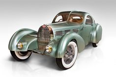 The Bugatti Aerolithe project is finally finished — well, almost. I think I wrote my first column about building a Bugatti T 57104 chassis with Aerolithe-style magnesium… Bugatti Type 57, Bugatti Cars, Cars Vintage, Antique Cars, Sexy Cars, Hot Cars, Jaguar, Bugatti Concept, Volkswagen