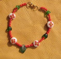 Glass bead flower bracelet
