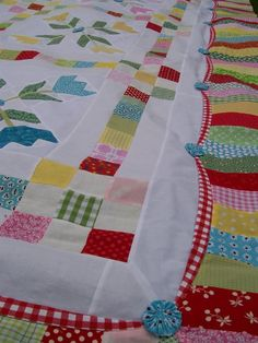 Inner Scalloped Frame Border  #quilting