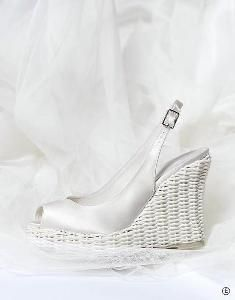 Wedding shoe wedges unique application in high heels like a beautiful wicker.