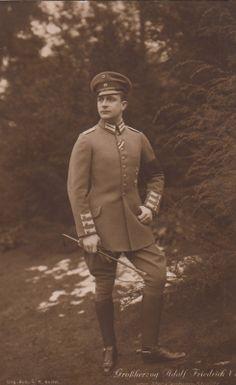 Grand Duke Adolf Friedrich of Mecklenburg Sterlitz Looks very Dashing. And what a Name! (Except for Adolf) i think i want to marry him! 1916.... Oh, He is dead? Always the Same...  Großherzog Adolf Friedrich VI v Mecklenburg Strelitz m Uniform Reitgerte 1916