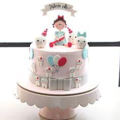 . Dental Cake, Medical Cake, Cupcakes, Cupcake Cakes, Doctor Cake, Tooth Cake, Baby Birthday Cakes, Happy Birthday, Birthday Cakes