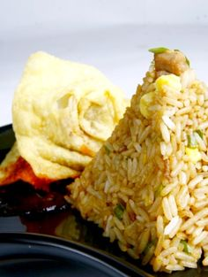 Arroz Chaufa - Peruvian-Chinese Fried rice. So quick and easy to make!