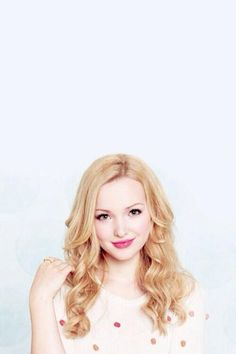 ImageFind images and videos about dove cameron on We Heart It - the app to get lost in what you love. Beautiful Celebrities, Beautiful Actresses, Liv Y Maddie, Dove Cameron Style, Dove Pictures, Divas, Celebrity Crush, Celebrity Guys, Foto E Video