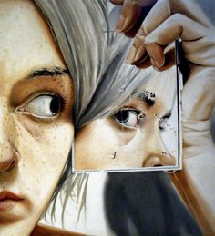Hyperrealistic paints By Linnea Strid self portraits with reflection