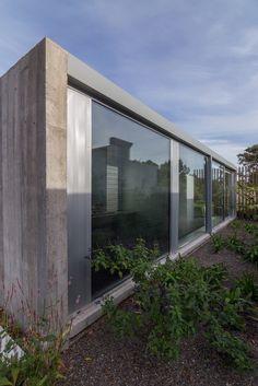 Gallery of House in Palihue / Bernardo Rosello - 12